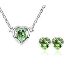 Szív formájú ékszer szett, Peridot zöld, Swarovski kristállyal díszített