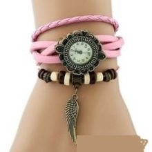 Angyalszárnyas bőr női karkötő-óra, rózsaszín