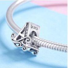 Ezüst A betű charm cirkónium kristállyal –  Pandora stílus