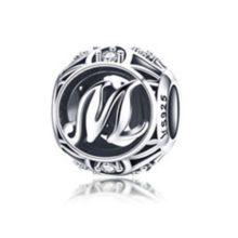 Ezüst M betű charm kristályokkal