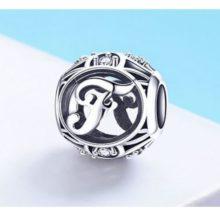 Ezüst F betű charm kristályokkal –  Pandora stílus