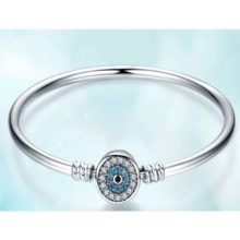 Ezüst karperec kék szem motívummal, 17 cm (Pandora stílus)