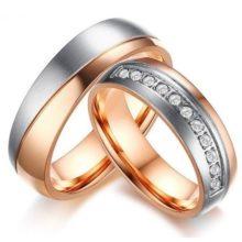 Női jegygyűrű, karikagyűrű ezüst sávval, rozsdamentes acél, arany színű, 8-as méret