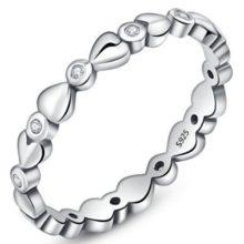 Ezüst gyűrű kristályokkal, fehér, 6-os méret (Pandora stílus)
