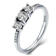 Ezüst gyűrű három kristállyal, 7-es méret (Pandora stílus)