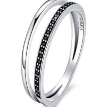 Ezüst gyűrű kristályokkal, fekete, 7-es méret (Pandora stílus)