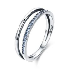 Ezüst gyűrű kristályokkal, kék, 7-es méret (Pandora stílus)