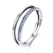 Ezüst gyűrű kristályokkal, kék, 8-as méret (Pandora stílus)