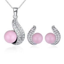 Gyöngyös nyaklánc és fülbevaló szett Swarovski kristállyal díszített, rózsaszín