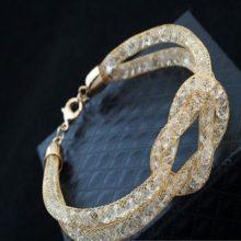 Dupla henger alakú karkötő Swarovski kristályokkal arany