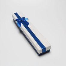 Ajándékdoboz karkötőnek, bokaláncnak, masnival, kék-fehér