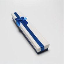 Ékszerdoboz kék masnival, papír, 22 x 4 cm