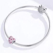 Ezüst charm, virágos szív, rózsaszín