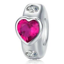 Ezüst charm szívvel, rózsaszín