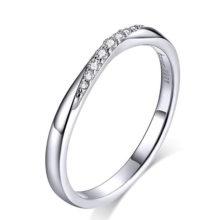 Ezüst gyűrű fehér kristályokkal, 7-es méret